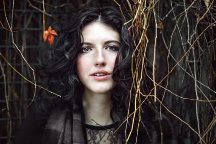 Chloé Lacasse / 10 questions + une photo