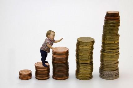 Nous sommes plus pauvres et surtout moins nombreux