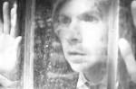 Beck partage quelques aperçus de son prochain vidéoclip en noir et blanc
