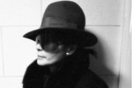 Yoko Ono s'offre des collaborations avec Antony et John Zorn pour son 82e anniversaire