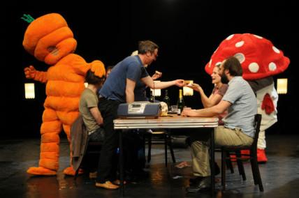 Robert Lepage, Les Chiens de Navarre, Annabel Soutar et l'Amicale de production à l'Usine C en 2015-2016
