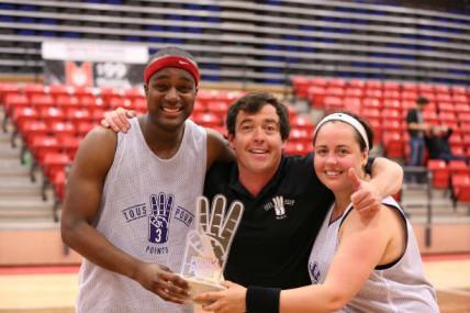 Tous Pour 3 Points: Win Butler, Ariane Moffatt et leurs complices de jeu chausseront leurs baskets