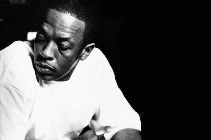 Dr. Dre annonce un nouvel album, <i>Compton A Soundtrack by Dr. Dre</i>