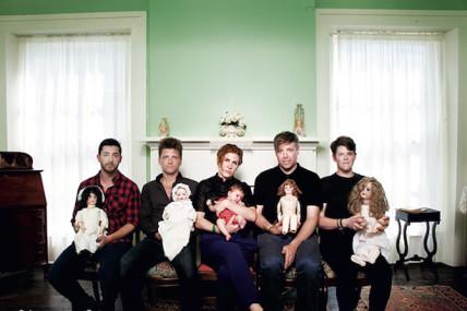 Young Galaxy dévoile un avant-goût de leur prochain album, <i>Falsework</i>