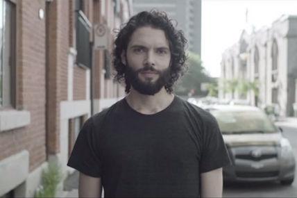 [À voir] Nouveau clip pour Alexandre Poulin: <i>Blanc Cassé</i>