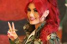 Helly Luv: de la dance pop bonbon pour combattre l'État islamique